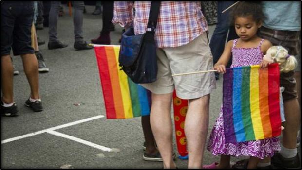 TOTALITARISME GAY AU CANADA